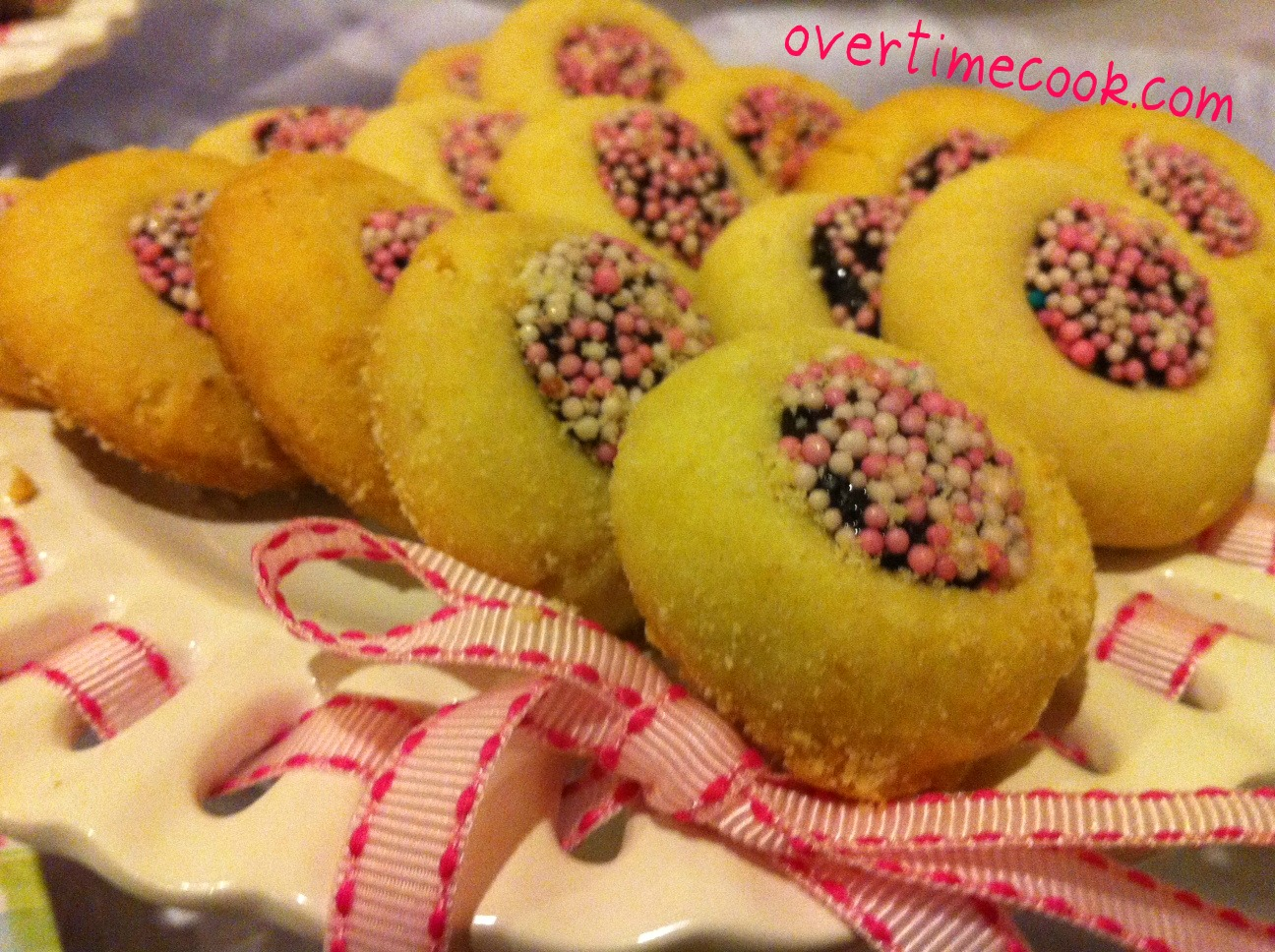 Bakery-Style Cookies Recipe: http://overtimecook.com/page/3/