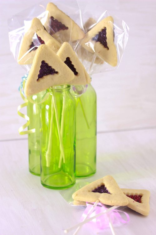 chocolate covered hamantaschen pops 1